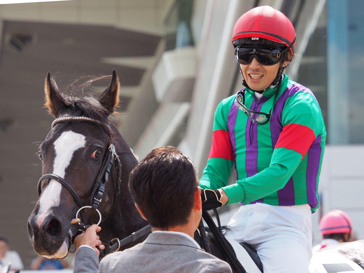 【中山新馬戦】田辺「1200だと忙しい」ケンデュークがデビュー勝ち