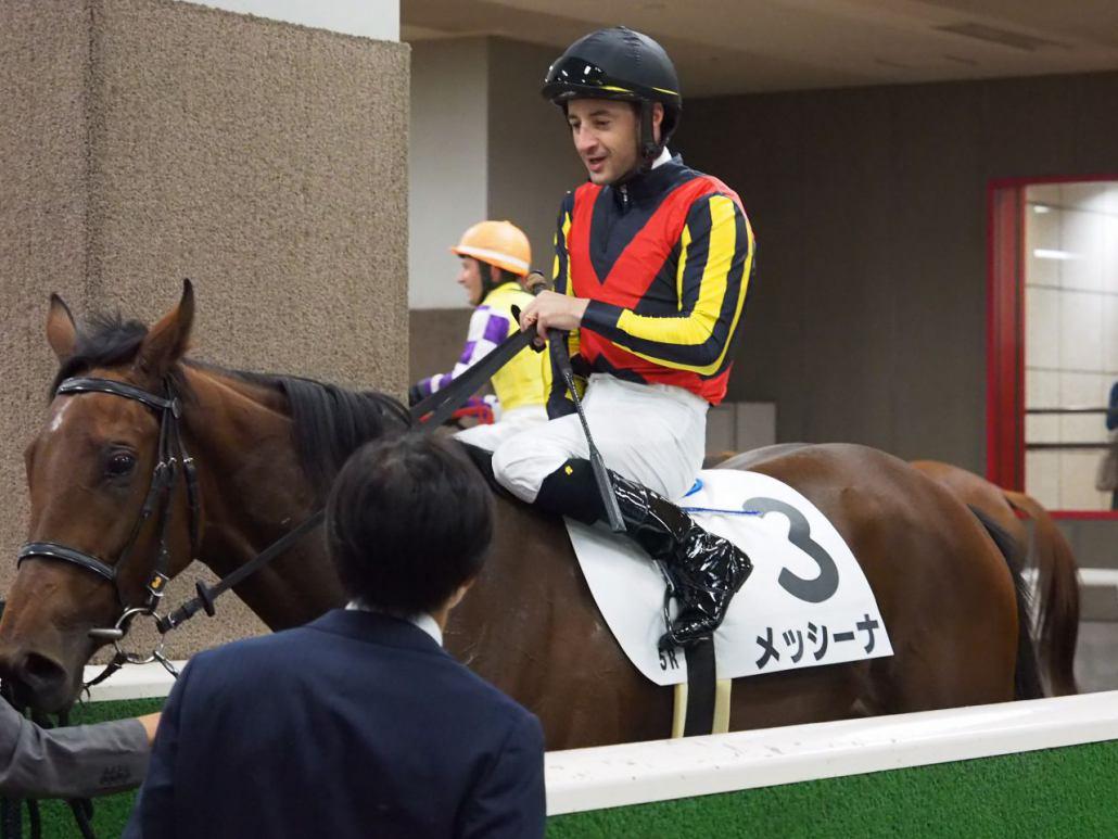 【東京5R/2歳新馬】ルーラーシップ産駒 パッシングスルーが33.5の末脚で差し切りV!