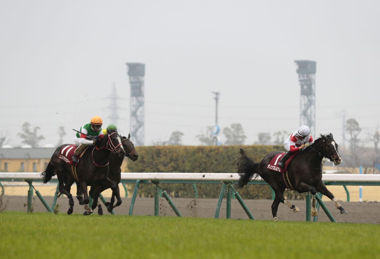 【金鯱賞】ダノンプレミアムが抜け出して重賞4勝目!