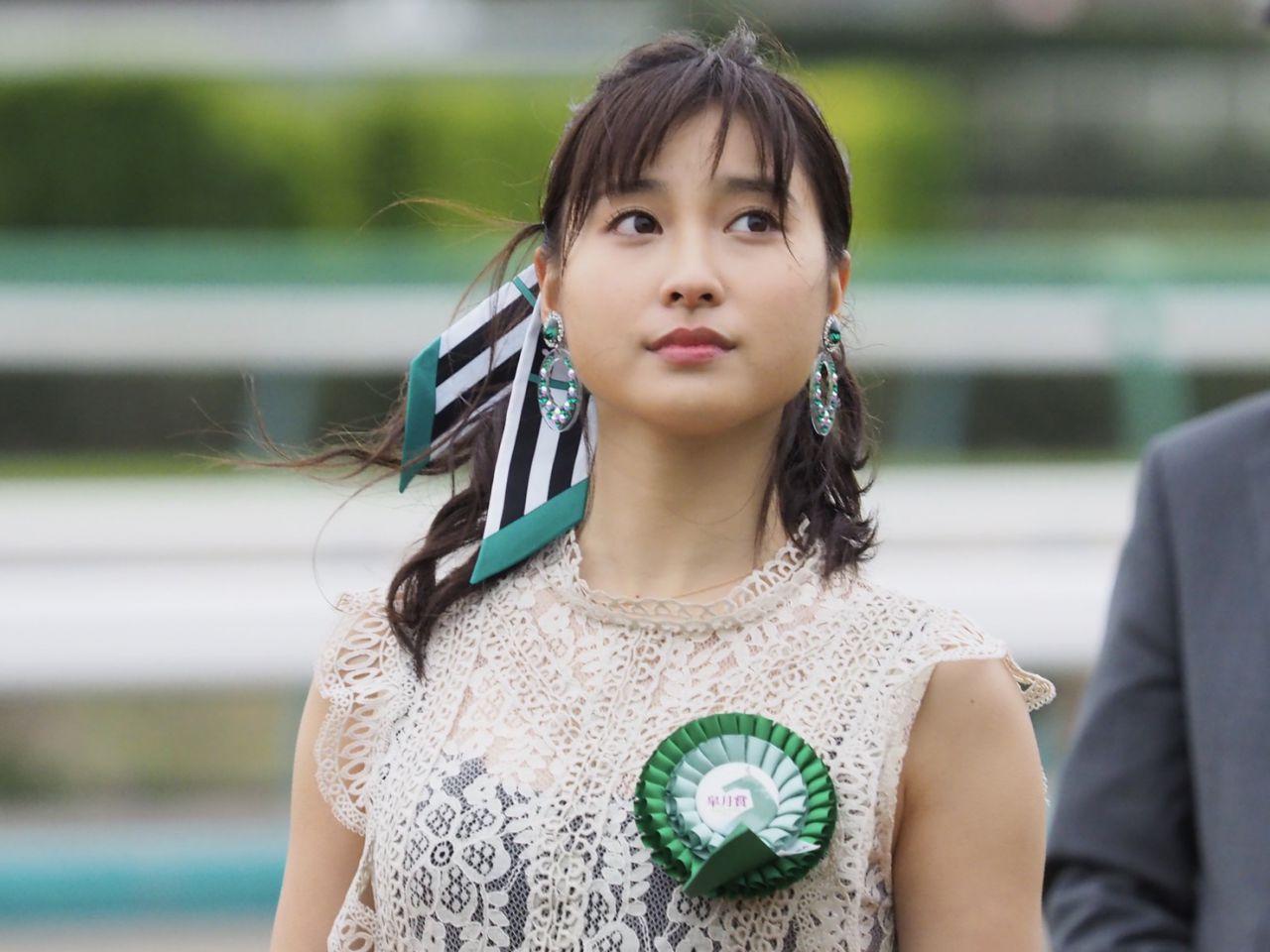 【皐月賞】土屋太鳳さんがプレゼンターとして登壇