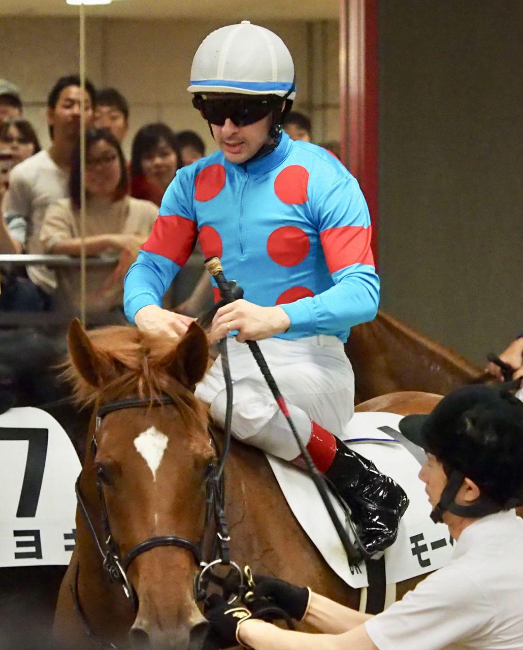 日曜東京6R新馬はアイムユアーズの仔・モーベットが1番人気にこたえる