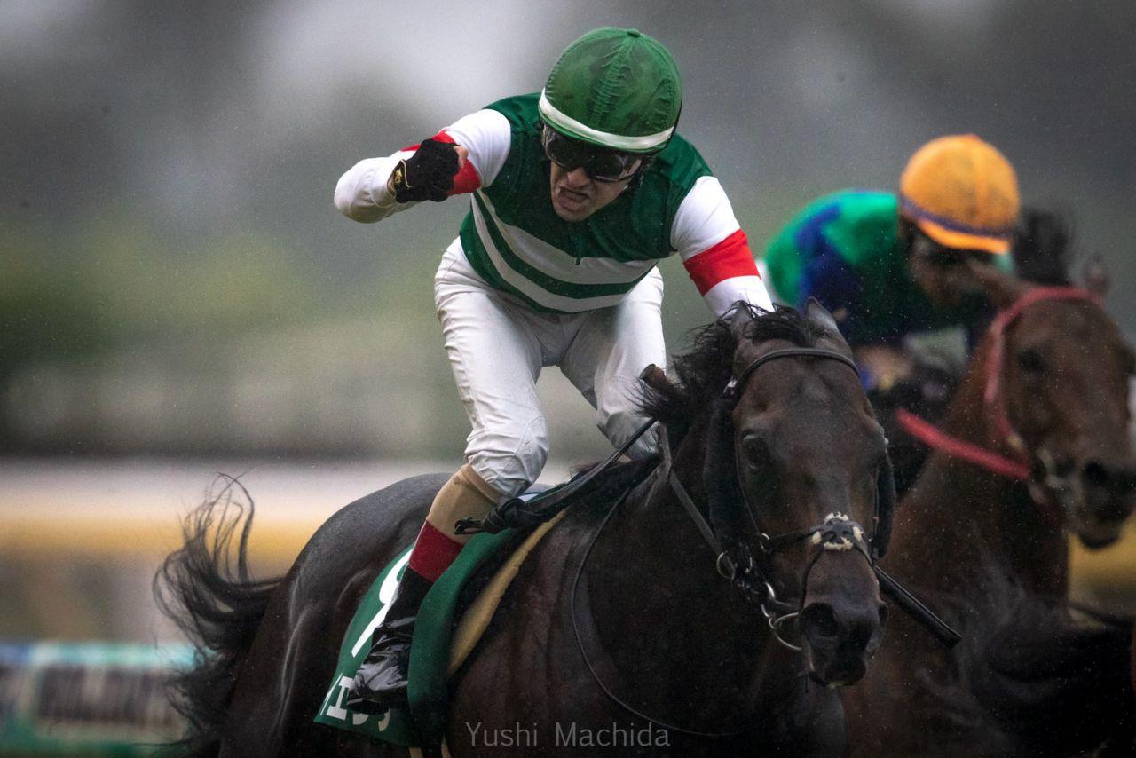 【エプソムC】ルメール「全然違う馬でした」レイエンダが重賞初制覇