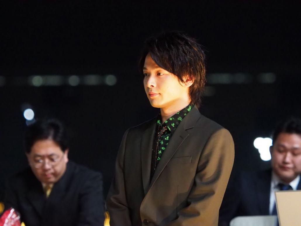 【帝王賞】レーン「折り合いに集中」オメガパフュームが大外一気!