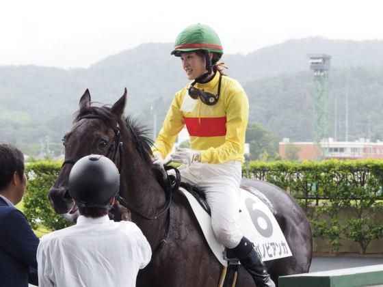 【PHOTO】藤田菜七子騎手