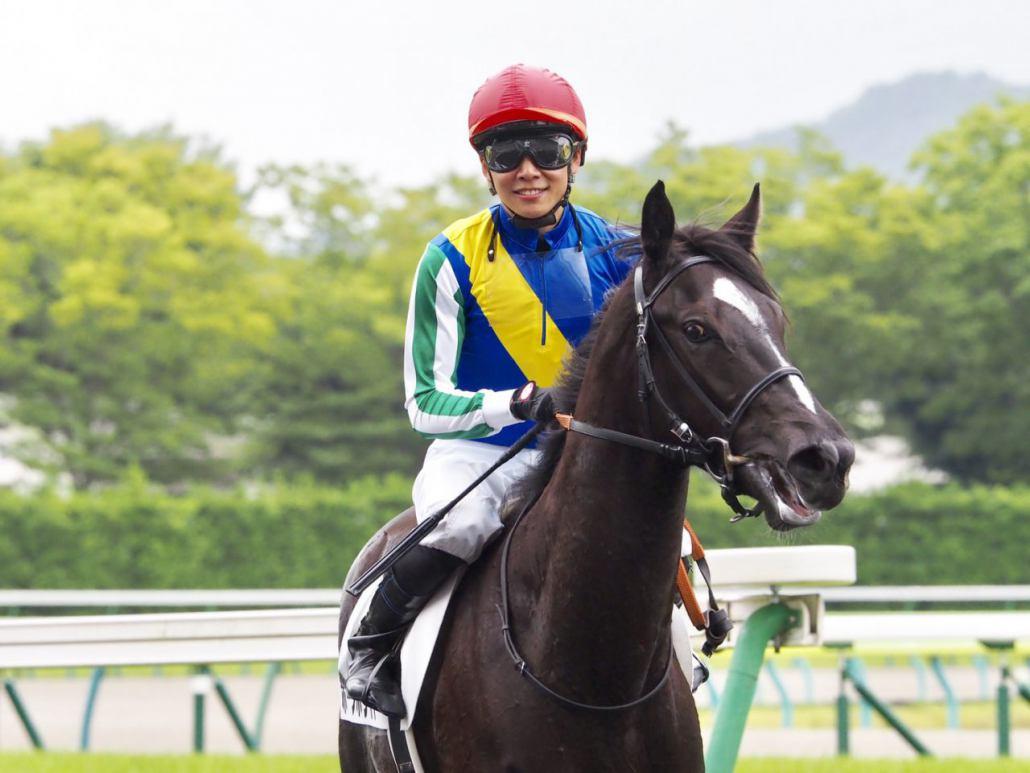 【新馬/福島6R】2番人気 ホープホワイトがデビュー戦快勝!