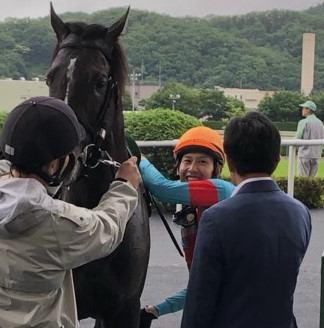 西村真幸調教師 JRA通算100勝達成!