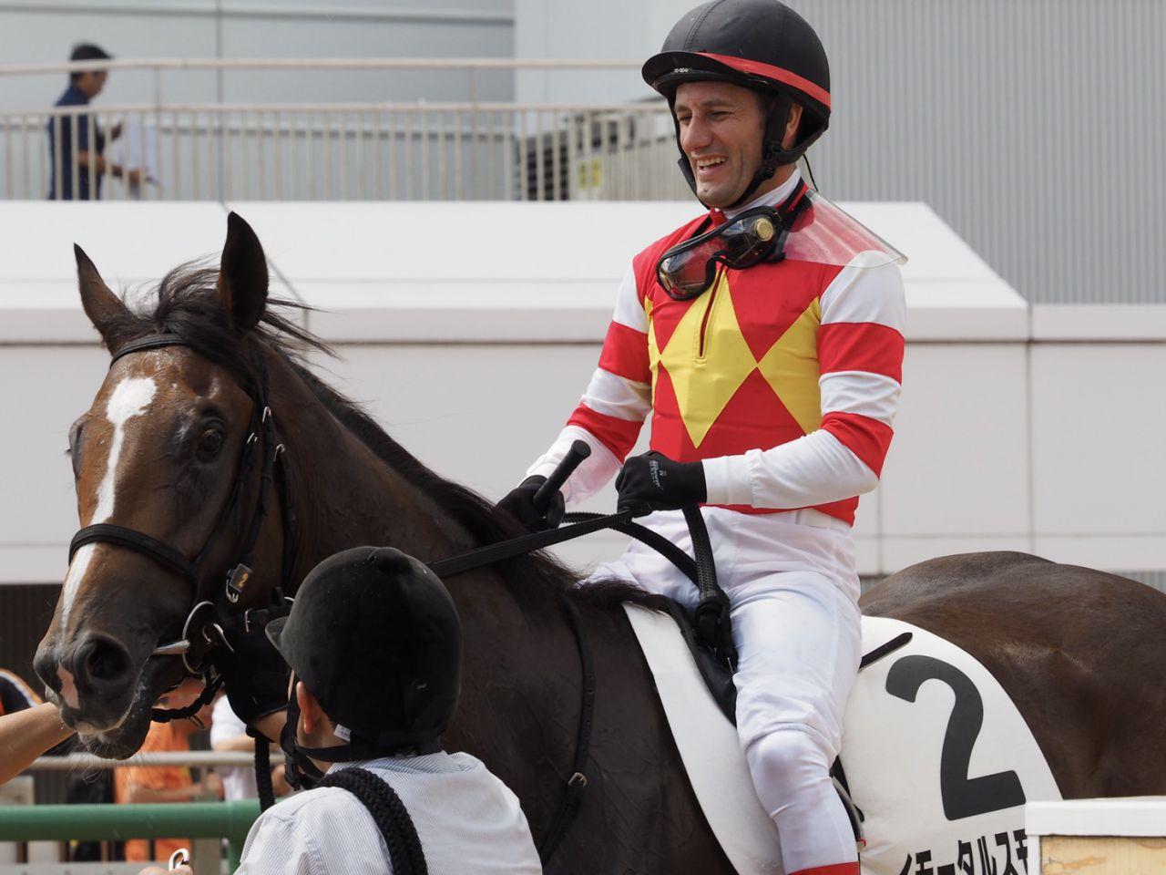 【新馬/中山3R】Mデムーロ「ずっと一生懸命」イモータルスモークが3馬身差楽勝!
