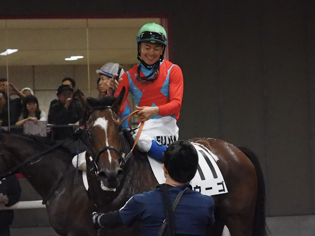 【新馬/東京4R】藤井勘「早め早めで…」ウーゴがデビュー勝ち!