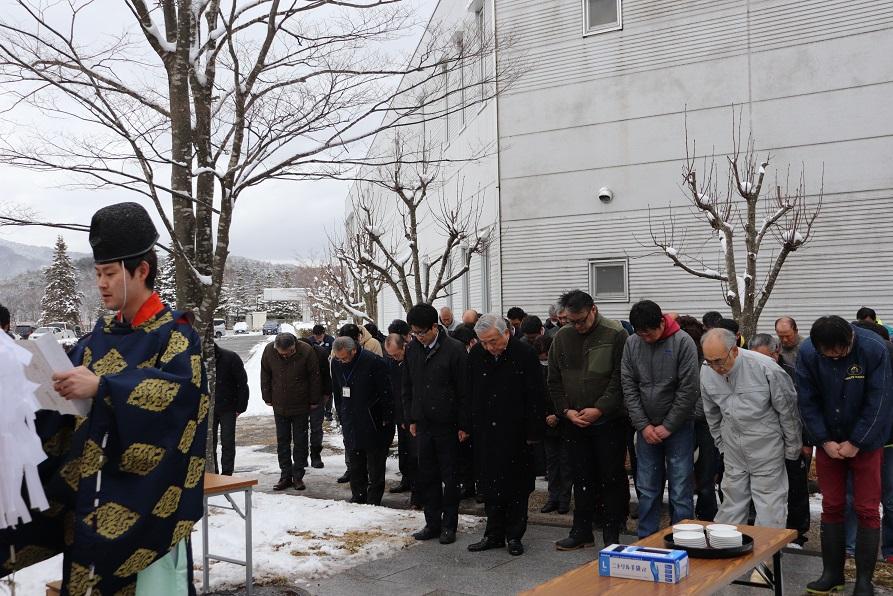 盛岡競馬場・水沢競馬場で調教始め式が行われた