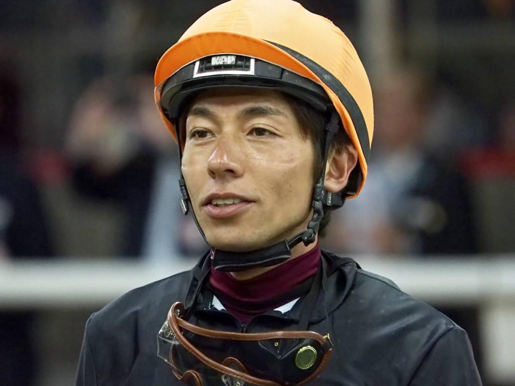 和田竜二騎手 JRA通算1300勝達成!