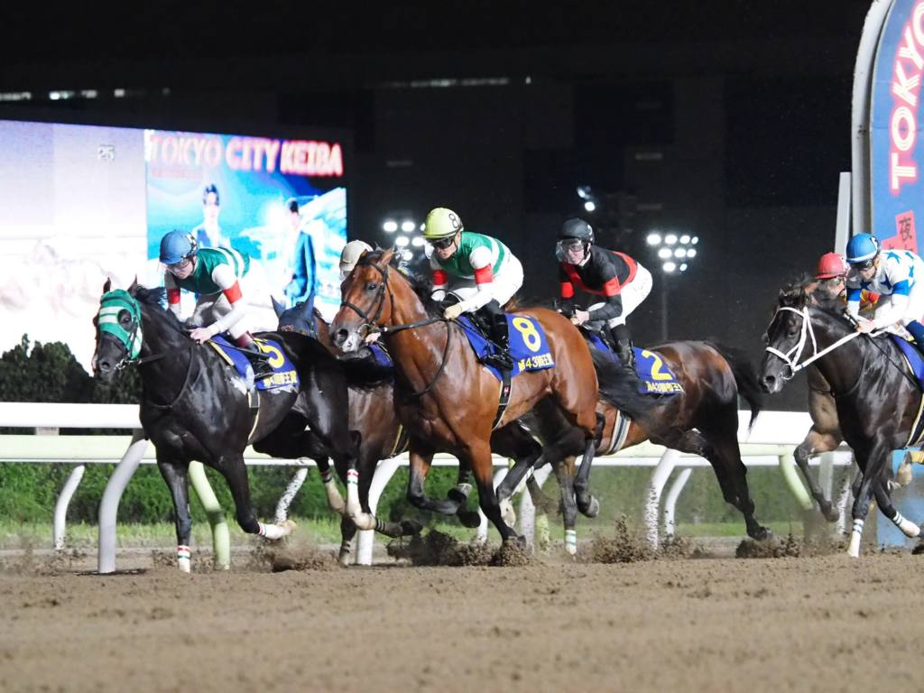 【帝王賞】デムーロ「勝った馬が強かった」オメガパフュームは2着