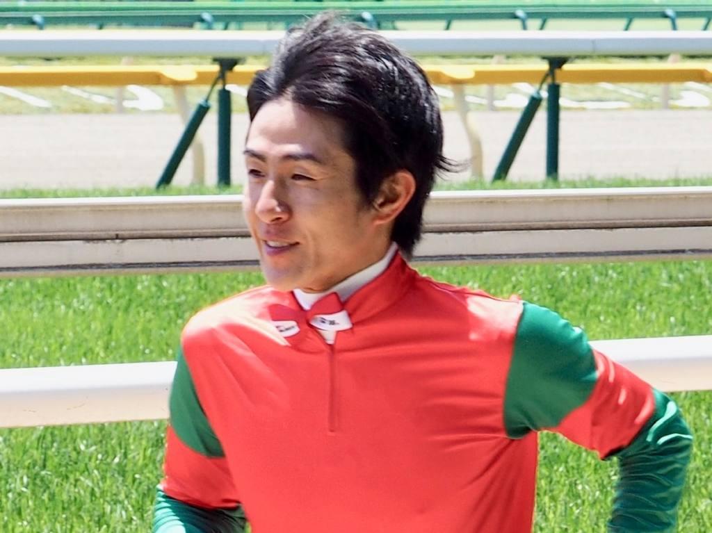【新馬/函館5R】アルナージがスピードの違いを見せる