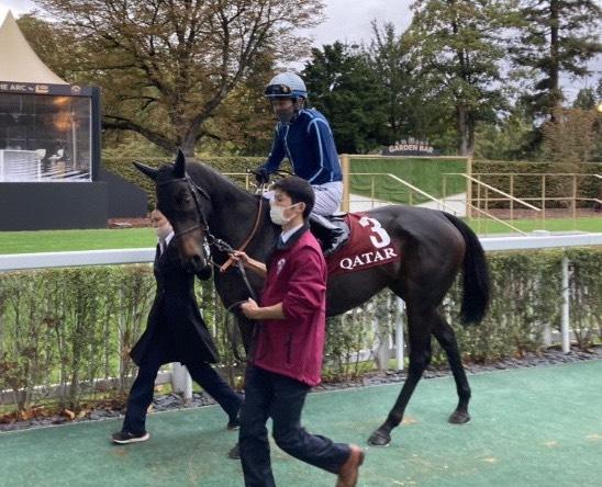 【ロンシャン9R】武豊騎手は11着 勝利したのはペリエの娘