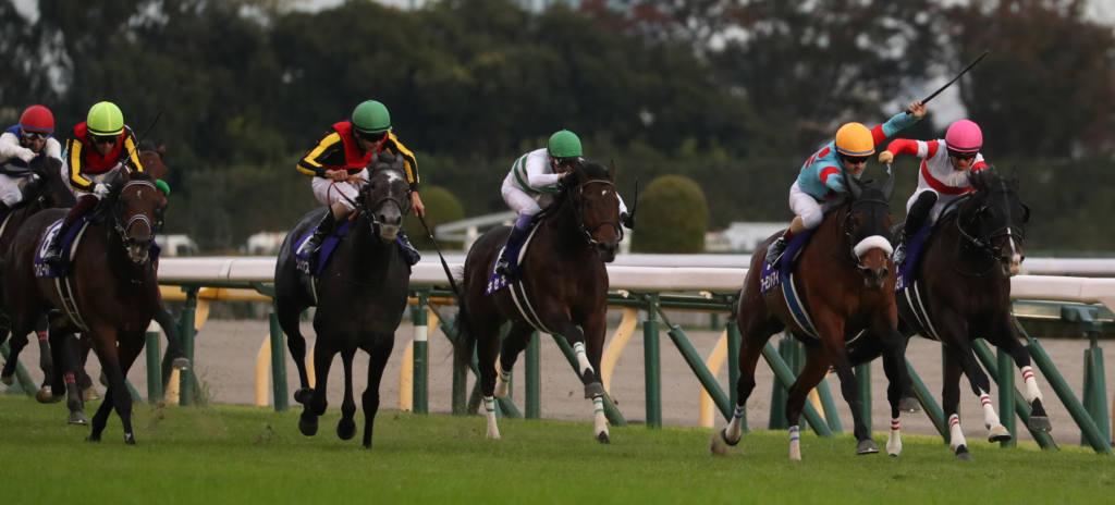 【天皇賞・秋】アーモンドアイが史上初の芝G1・8勝の偉業を達成