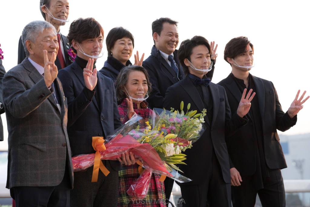 【東京大賞典】TCKイメージキャラクターの中村倫也さん、新田真剣佑さんが来場